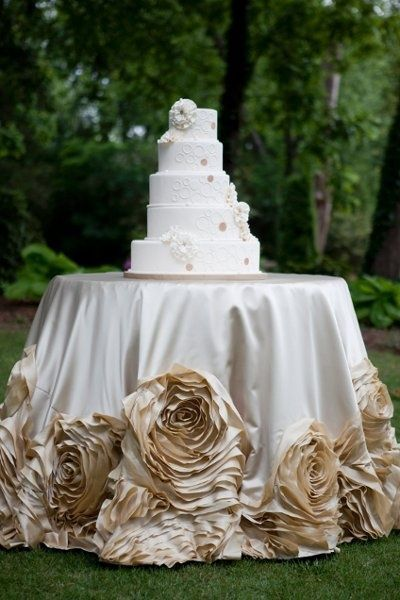 cake table linen by i do linens we love the rosettes wedding ideas juxtapost