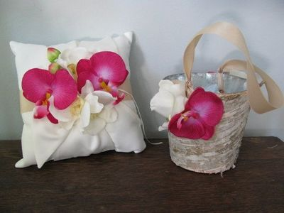 Rustic tropical flower girl basket and ring bearer pillow se rustic tropical flower girl basket and ring bearer pillow set natural birch bark shown champagne mightylinksfo
