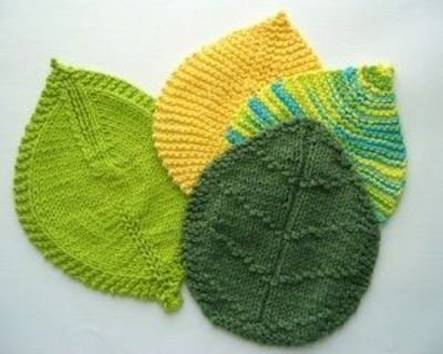 Pot Leaf Knitting Pattern : Knitted leaf pot holders / knits and kits - Juxtapost