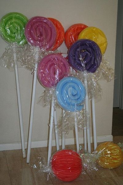 pool noodle lollipops using pool noodles & pvc pipe!