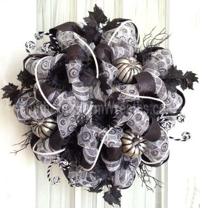 Sophisticated Halloween Deco Mesh Wreath Black White