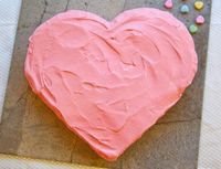How to Make a Heart-Shaped #Cake (Without a Heart-Shaped Pan!)