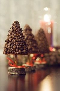 This cute Christmas tree little topiary will decorate your home and will diffuse cosy scent. Scented fir tree are made from spices: - cloves, - peppers, - coffee beans. Tree height is 15 cm (6 inches) tall.