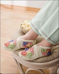 crochet / free pattern for this granny square booties