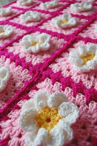 Pink and White Daisy Flower Granny Square Baby Afghan