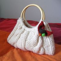 KNC Knitting News - simple purse pattern