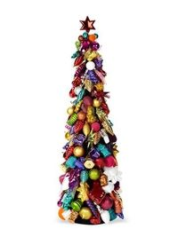 A tree made from ornaments!? What the what? I LOVE IT!