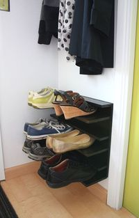 DIY: shoe rack for a tight space