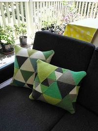 Love these crochet cushions.