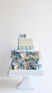 By Maggie Austin Cakes