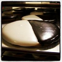 My 100 % favorite cookie ever - The Classic b/w!