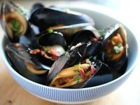 Beer-Steamed Mussels with Bacon | for New Year's Eve :)