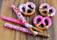 Cute Valentine's Day Chocolate Covered Pretzels! Also a cute snack at a Baby Shower!