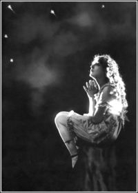 Mary Pickford 1915 - I'd love this image no matter who was in it, but Pickford was one of the most important movie stars of her day. Yeah, okay, the only sf ref here is that she's looking up at the stars, but it *is* a very nice picture.
