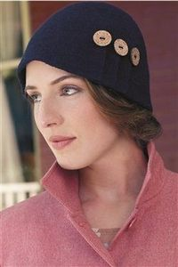 This is a beautiful crochet felted hat. Anna Cloche - Crochet Me
