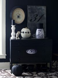 Holiday...with Matthew Mead: Halloween. great black and white story for decorating ideas.