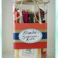 Hospital Survival Kit {Baby Shower Gift For Mom} While it's fun to get all the cute baby stuff, sometimes it's nice for mom to get a little something for herself at the baby shower. After all, she's doing all the hard work, right? This d...