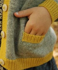 Alpaca Cardigan with long sleeves for girls